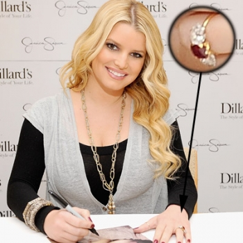 jessica-simpson-engagement-ring