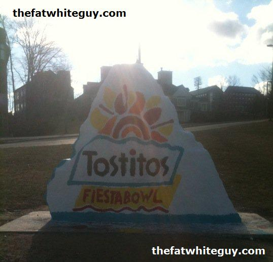 tostitos-fiesta-bowl-uconn-rock